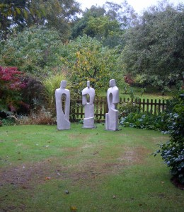 Choosing a garden sculpture